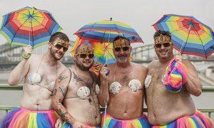 Duizenden homoseksuelen tentoongesteld in Antwerpen