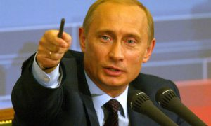 Nieuwe Russische wet maakt het illegaal om te zeggen dat Poetin een klein pietje heeft