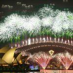 """Nieuwjaar officieel 3 dagen vroeger: """"Kutjaar 2016 heeft lang genoeg geduurd"""""""