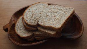 Boterhammen eten op het werk kost werkgevers elke dag handenvol geld. (Foto: Pixabay)