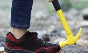 Staatsveiligheid ontwikkelt kogelvrije schoen voor Joke Schauvliege