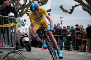 De pezige Chris Froome steekt met kop en schouders boven de concurrentie uit. (Foto: ThorTuck, Wikimedia Commons)