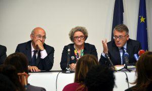 Minister De Coninck overweegt werkkampen voor vrouwen en migranten