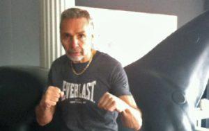 De Kerpel begon na zijn overwinning meteen te trainen voor zijn kamp tegen aids. (Beeld: Radio2)