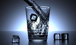Schauvliege: 'Drink geen water tijdens hittegolf'