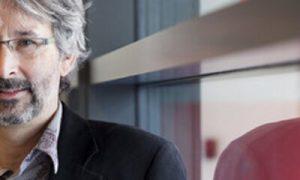Minister van Cultuur Joke Schauvliege condoleert nabestaanden Ivo Mechels