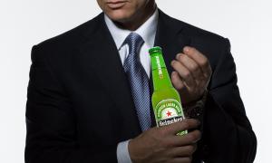 Crisis slaat genadeloos toe bij 007