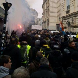 Belgische amokmakers betogen: 'kunnen niet meer concurreren met goedkope amok uit buitenland'