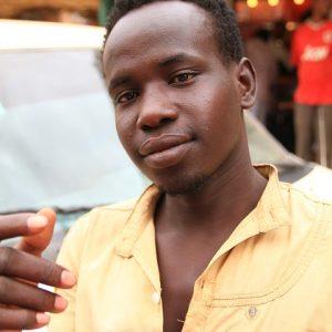 Omar (21) is een transmigrant: 'Ik ben geboren in een verkeerde nationaliteit'