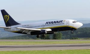 Ryanair beschuldigd van mensensmokkel