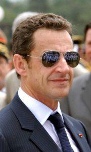Na de schietpartij maakte Sarkozy zich snel uit de voeten (Foto: Dias/Abr CC BY-SA 3.0)