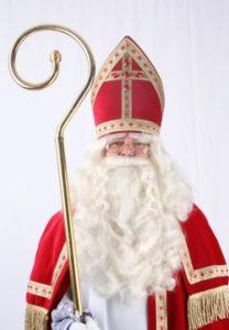 Sinterklaas weet wie er braaf en wie er stout is.
