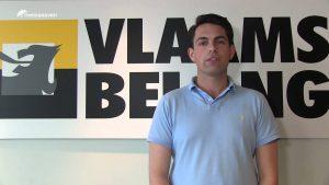 Tom Vangrieken (ex-VB) verkoopt tegenwoordig tweedehandsauto's bij Cardoen. (Foto: Youtube)