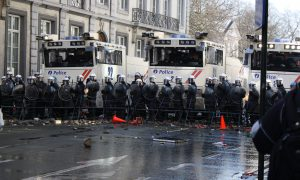 Betoging tegen geweld draait uit op geweld