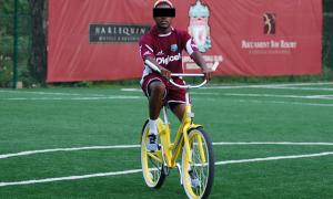 Het allerallerlaatste taboe: wielrenners in het voetbal